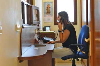 Recepción de la residencia universitaria de Vitoria