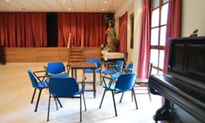 Sala de actos de la residencia universitaria de Vitoria Inmaculada
